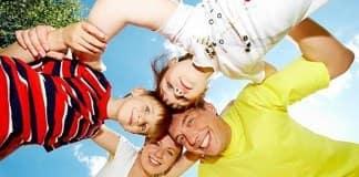 родители или друзья