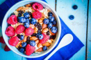 Сезонные фрукты здоровый завтарк