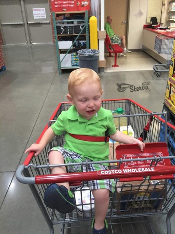сфотографировал ребенка в супермаркете