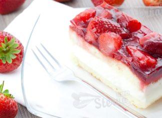 Торт с клубникой изумительный весенний десерт